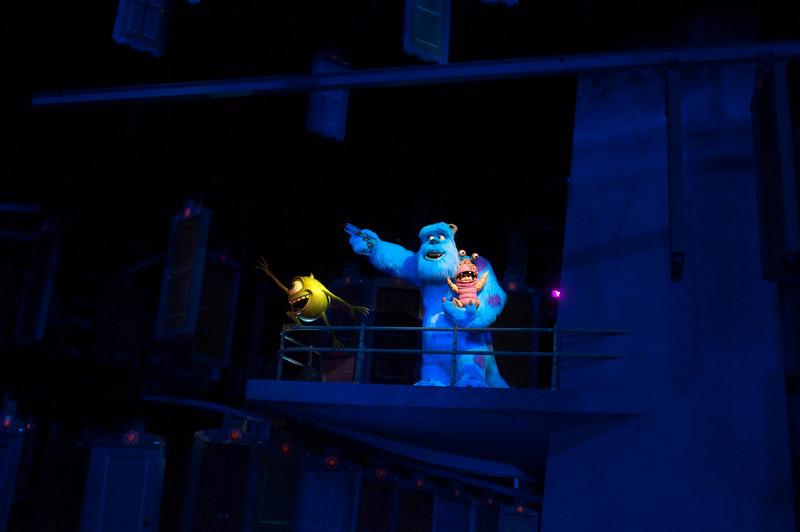 """""""Look, Boo!  It's your door!"""""""