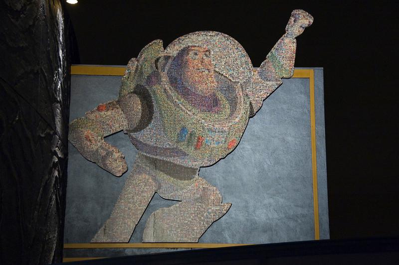 2006-03-25 - 014 - Disneyland - 50th Anniversary Mosaic (Buzz Lightyear) - DSC_0437