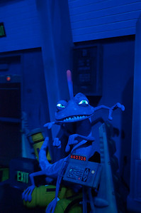 2009-11-14 - Birthday at Disneyland - Monsters Inc - 069 - _DS18568