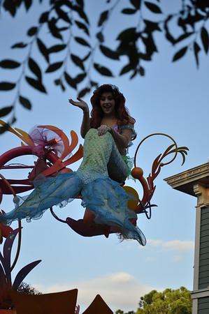 Mickey's Soundsational Parade - Disneyland