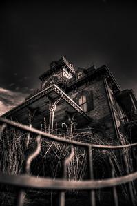 Ravenswood Manor - Arthur