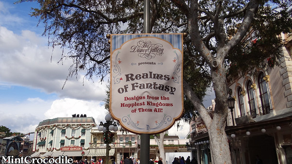 Disney Gallery Realms of Fantasy