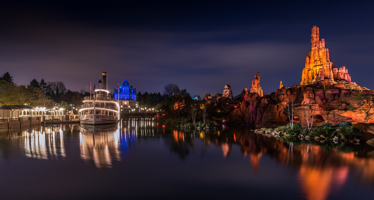 Frontierland By Night (Again!)