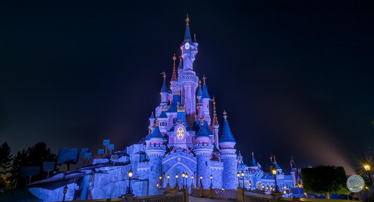 Le Chateau à la Nuit Dormante