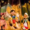 Pinocchio et ses danseuses