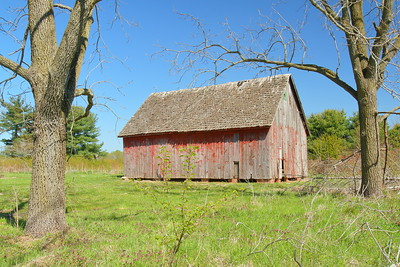 Barn at Allee House, Bombay Hook NWR, DE. © 2014 Kenneth R. Sheide