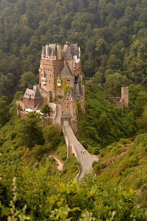 Eltz Castle (Burg) near Wierschem, Germany. © 2004 Kenneth R. Sheide