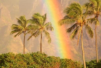 Rainbow at Kualoa Point. © 2019 Kenneth R. Sheide
