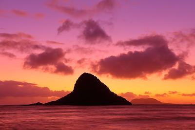 Mokoli'i Island, also called Chinaman's Hat, at dawn. © 2019 Kenneth R. Sheide