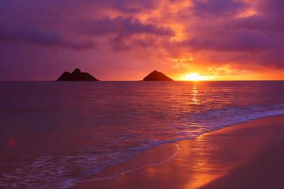 Sunrise from Kailua Beach.  © 2020 Kenneth R. Sheide