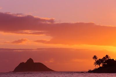 New Year's Day sunrise from Kailua Beach Park.  © 2020 Kenneth R. Sheide