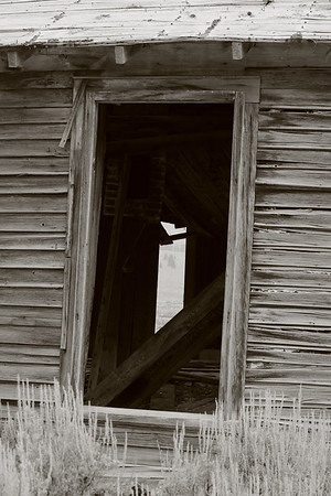 Crooked door to house at Gilmore, ID. © 2021 Kenneth R. Sheide