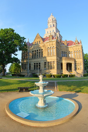 Edgar County Courthouse in Paris, IL. © 2018 Kenneth R. Sheide