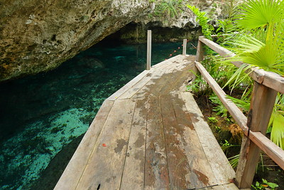 Path along water at Cenote Niche-Ta, Quintana Roo, Mexico. © 2018 Kenneth R. Sheide