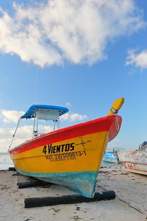 Boat on beach at Isla Mujeres, Quintana Roo, Mexico. © 2018 Kenneth R. Sheide