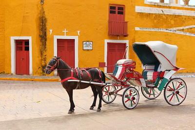 Horse and cart in front of San Antonio de Padua Convent. Izamal, Yucatan, Mexico. © 2018 Kenneth R. Sheide