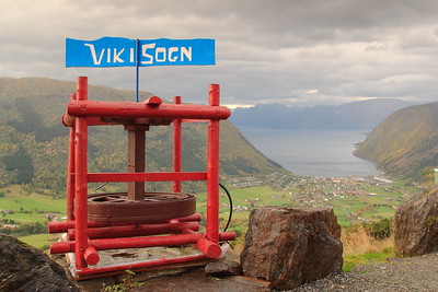 Sign above Vik, Norway. © 2004 Kenneth R. Sheide
