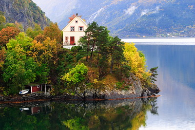 A house on the Hardangerfjord in Norway. © 2004 Kenneth R. Sheide