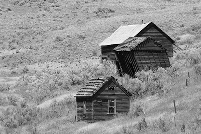 Old homestead in central OR. © 2014 Kenneth R. Sheide
