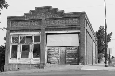 Old merchandise store in Wasco, OR. © 2017 Kenneth R. Sheide