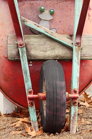Wheelbarrow and frog, Norfolk Botanical Garden, VA. © 2014 Kenneth R. Sheide