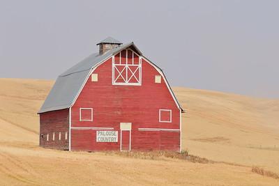 Old barn in Palouse region, WA. © 2017 Kenneth R. Sheide