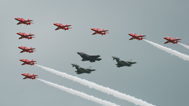 BAe, British Aerospace, ED, Eurofighter, F-35, F-35B, FL, Hawk T1, Lightning II, Lockheed Martin, RAF, RIAT2016, Red Arrows, Red Arrows + Guest Red11, Royal Air Force, Typhoon FGR.4, ZK306, ZK310, ZM1 (19.0Mp)