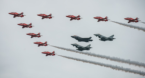 BAe, British Aerospace, ED, Eurofighter, F-35, F-35B, FL, Hawk T1, Lightning II, Lockheed Martin, RAF, RIAT2016, Red Arrows, Red Arrows + Guest Red11, Royal Air Force, Typhoon FGR.4, ZK306, ZK310, ZM1 (28.8Mp)