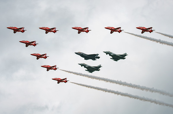 BAe, British Aerospace, ED, Eurofighter, F-35, F-35B, FL, Hawk T1, Lightning II, Lockheed Martin, RAF, RIAT2016, Red Arrows, Red Arrows + Guest Red11, Royal Air Force, Typhoon FGR.4, ZK306, ZK310, ZM1 (26.9Mp)