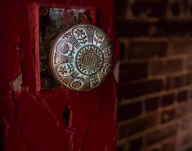 130921_ginnewt-0362 Door to the Past
