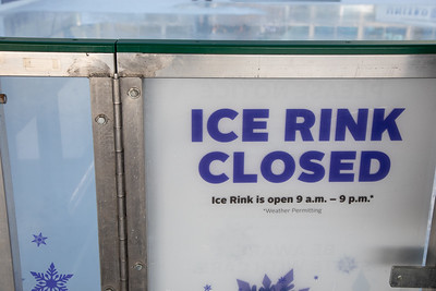 010220_IceSkating-024