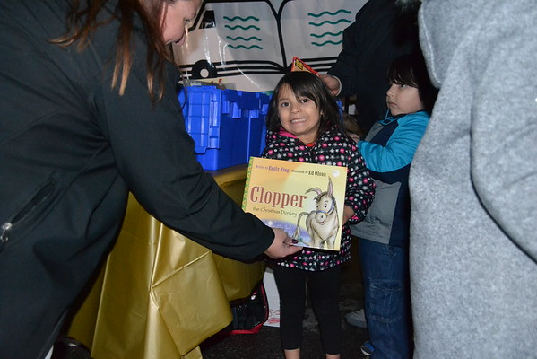 12-02-2016 POP UP Library RR Family Night