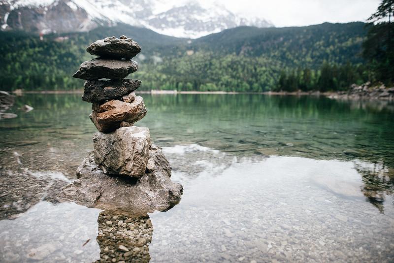 stones at lake eibsee