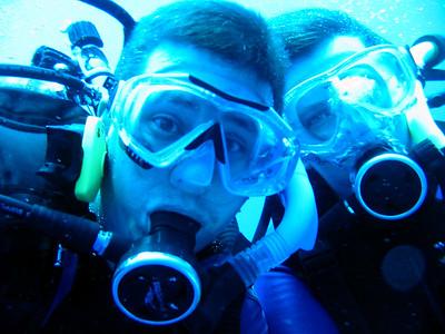 mr matt and sis laura diving in belize 61085378-O