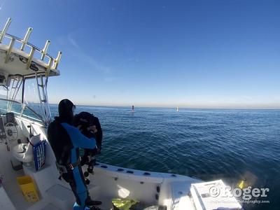 Diver FrankG preparing to dive