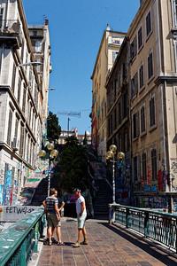Cours Julien, descente vers la rue Estelle