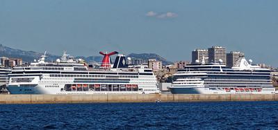 Port de l'Estaque - Croisièristes