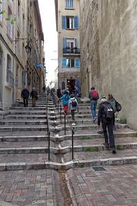 11-05 Visite de Marseille  - Montée des Accoules