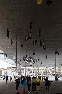 11-05 Visite de Marseille  - Vieux Port, l'Ombrière