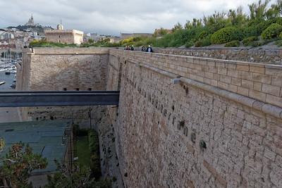 11-05 Visite de Marseille  - Fort St Jean