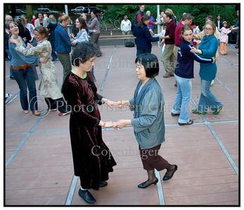 Dans i Fælledparken 2004