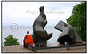 Louisiana i Humlebæk nord for København lørdag juni 26.2004<br />  Kvinde nyde udsigten.  Foto: Torben Christensen  København ©