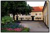 Bakkehusmuseet, også kaldet De Rahbekske Mindestuer, er et litteratur- og kulturhistorisk museum indrettet i den lejlighed, hvori ægteparret Kamma og Knud Lyne Rahbek boede fra 1802, til han døde som den sidste af de to i 1830. Museet forsøger at give den besøgende et levende indtryk af det miljø, hvori den danske Guldalders kunstnere færdedes. Og stemningen fra det forrige århundredes begyndelse er forsøgt bevaret i en harmonisk samklang mellem miljø og autenticitet. . Foto: Torben Christensen  København ©