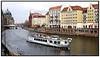 Turistbåde, kanalrundfart på Spree med gamle huse i baggrunden  Photo Torben CHristensen