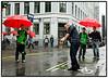 Urban golf i regnvejr på Rådhuspladsen 28 08 2006. Foto: Torben Christensen  København ©