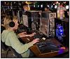 Computerspillerne ved Copenhagen Gaming Festival er i fuld gang med spillene i Tapperihallen i København lørdag 20. oktober 2007. Ved festivalen, der startede i torsdags, dyster omkring 700 spillere i blandt andet Counter Strike, Battlefield 2 og FIFA. Gennemsnitsalderen er omkring 20 år, dog med en alderspræsident på 52 år. Førstepræmien er en pengepræmie på 50.000 kroner. (Foto: Torben Christensen/Scanpix 2007). Foto: Torben Christensen  København ©