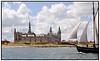 Kronborg set fra Østsiden med gammelt sejlskib, skonnert i forgrunden.  Foto: Torben Christensen  København ©