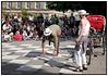 ´Dansk Rakkerpak ´ Københavns Internationale Gadeteater havde søndag 14. juni 2009 i overværelse af talrige børn og deres voksne, premiere på en ny og opdateret version af ´Rickshaw ´ på Israels Plads i København. Rickshaw er en nonverbal gadeteaterforestilling for hele familien. En svedende rickshawchauffør med en imperialist på bagsædet. Et klassisk symbol på den hvide mands overlegenhed overfor de uciviliserede fremmede. Det er sort og hvidt. Det er enkelt. Det har et strejf af fortidighed over sig og er i hvert fald noget der kun foregår under fjerne himmelstrøg - eller hva.  Foto: Torben Christensen  København ©