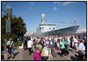 Tilskuere ved Flådens 500 års jubilæum med Absalon (2004- ) ... Indgået i flåden: 19. oktober 2004.   Foto: Torben Christensen  København ©