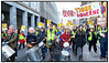 Under sloganet Bevar Tissekonerne var der søndag 4. december demonstration i det indre København for bevaring af bemandede offentlige toiletter, her i Lille Kongensgade . Københavns Kommune vil lukke de bemandede toiletter på Vesterbro Torv, Trianglen, Israels Plads og i Nyhavn - og erstatte dem med ubemandede. De fire toiletter besøges årligt af flere hundrede tusinde brugere.